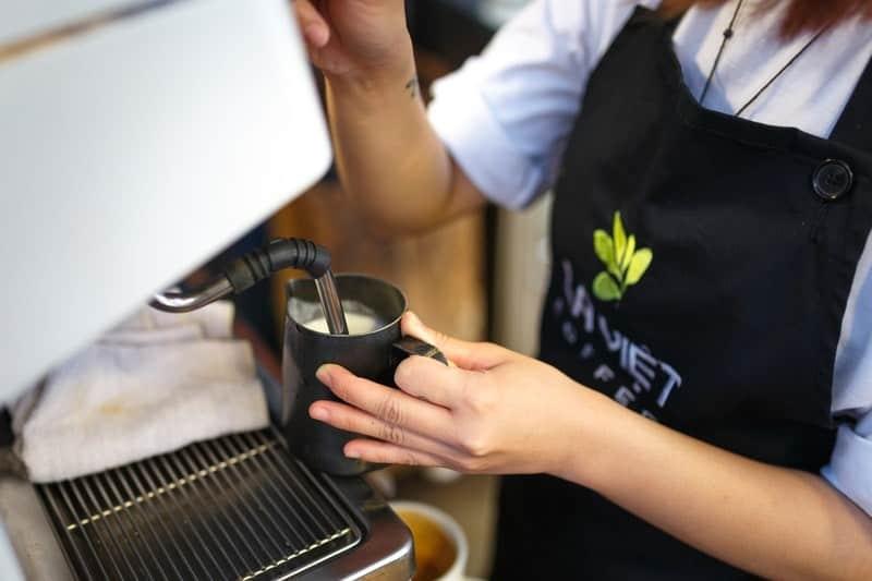 Best Coffee Machine Under 2000 dollars