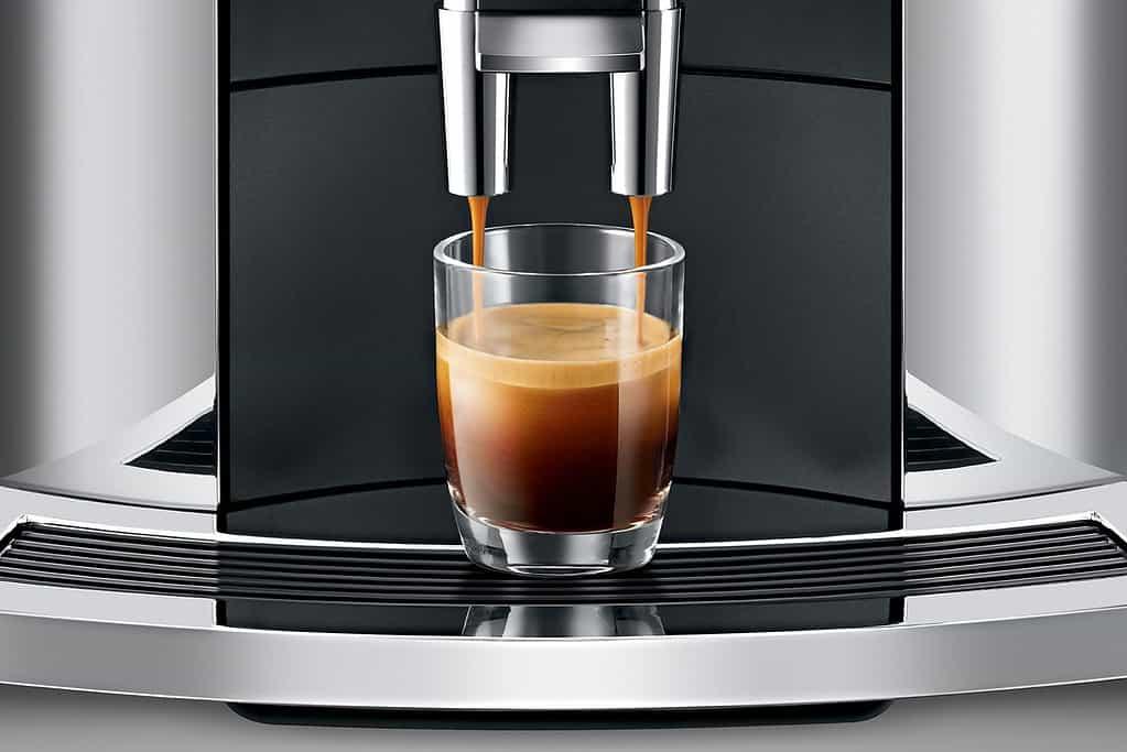 making espresso jura e8