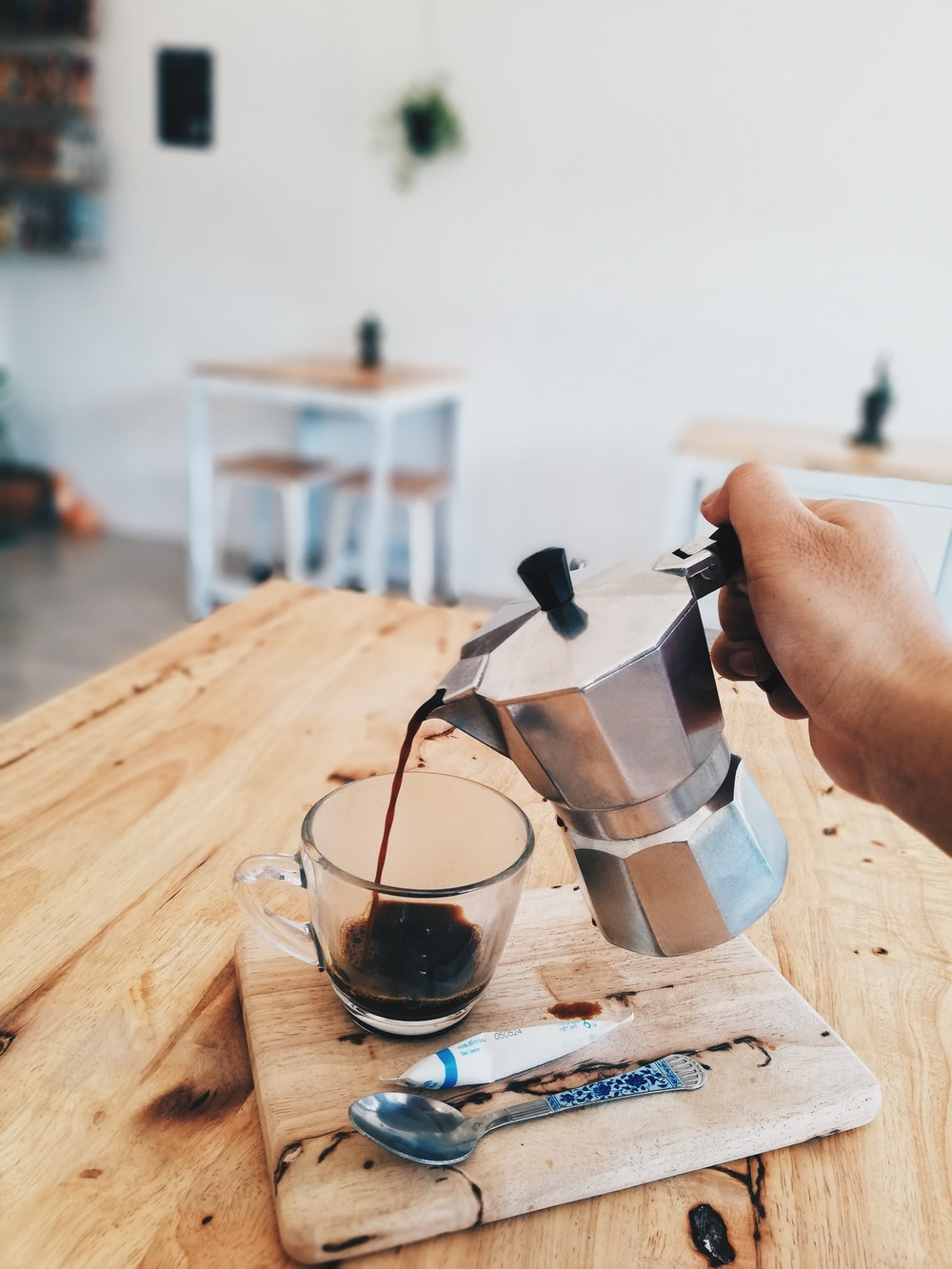 What Is a Moka Pot and How to Make Coffee